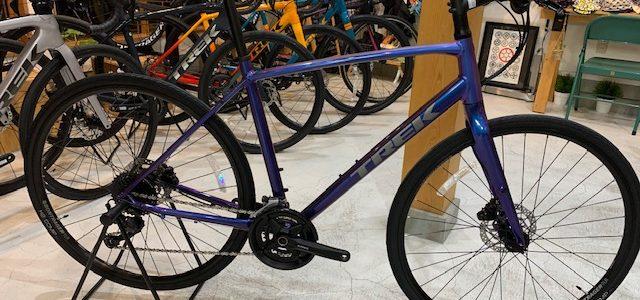 TREKのクロスバイクが入荷してますよー!!!やっと少し増えた。笑。